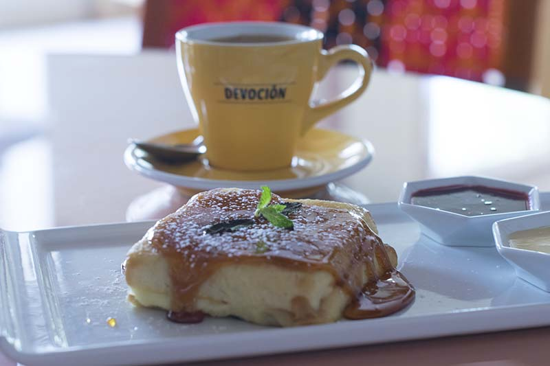 Places to Eat in Cartagena: Breakfast at Tuc Tuc